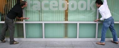 Facebookページの投稿内容をTwitterへ連携する方法。設定がわかりにくい!