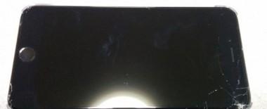 悲劇は繰り返される。iPhone6 Plusを落として画面がバキバキに割れました