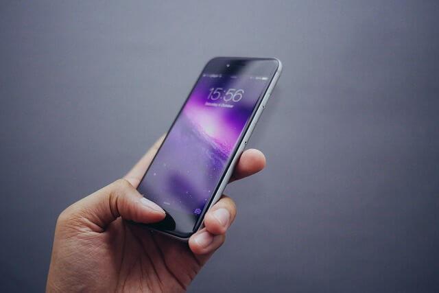 スマホ 携帯 iPhone