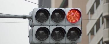 交差点の時差式信号の恐怖感は異常