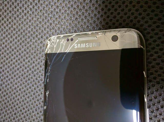 Galaxy S7 Edge 画面割れ